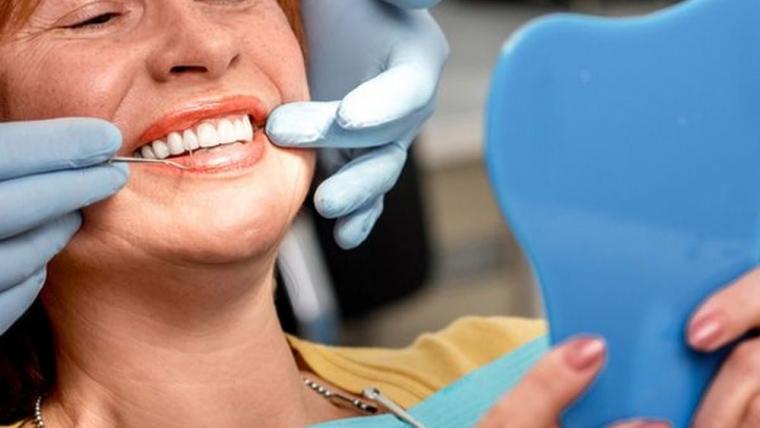 Instant Orthodontics and Porcelain Veneers